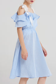 storets.com Keni Shoulder Ribbon Gingham Dress