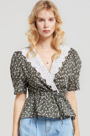 Cersei Lace Collar Floral Blouse
