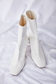 Heeled Slim Fit Booties