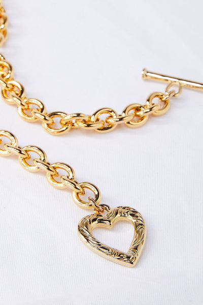 storets.com Heart Toggle Choker