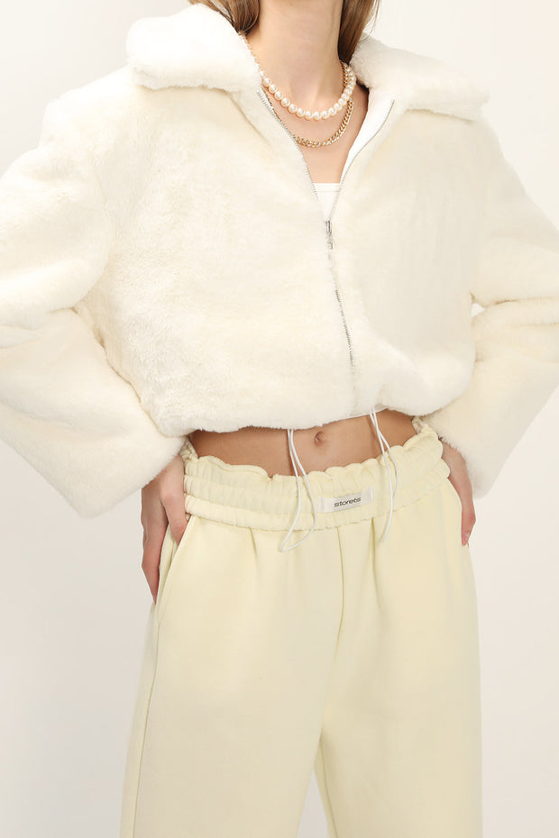 storets.com Leah Fluffy Cropped Jacket