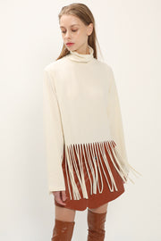 storets.com Gianna Fringed Hem Top