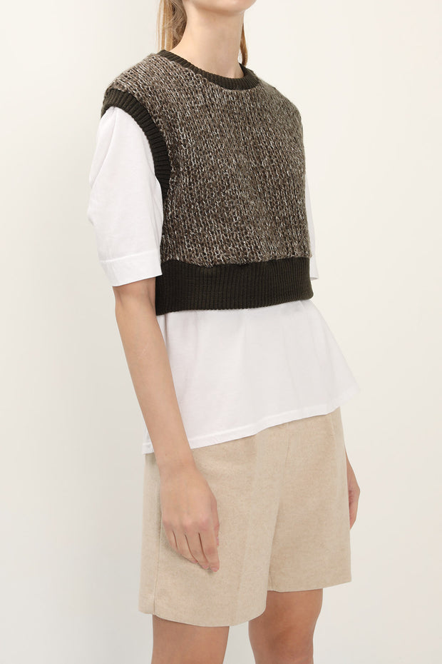 storets.com Eden Sleeveless Sweater