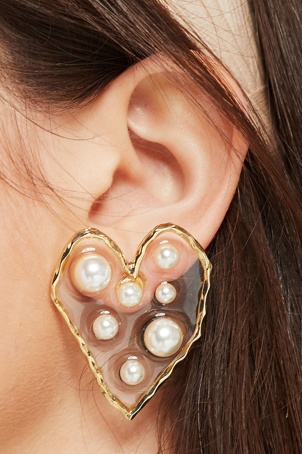 storets.com Pearl Inside Sweetheart Earrings
