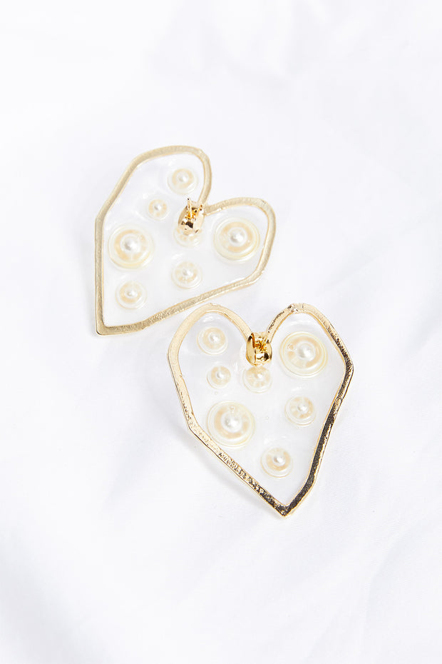 Pearl Inside Sweetheart Earrings