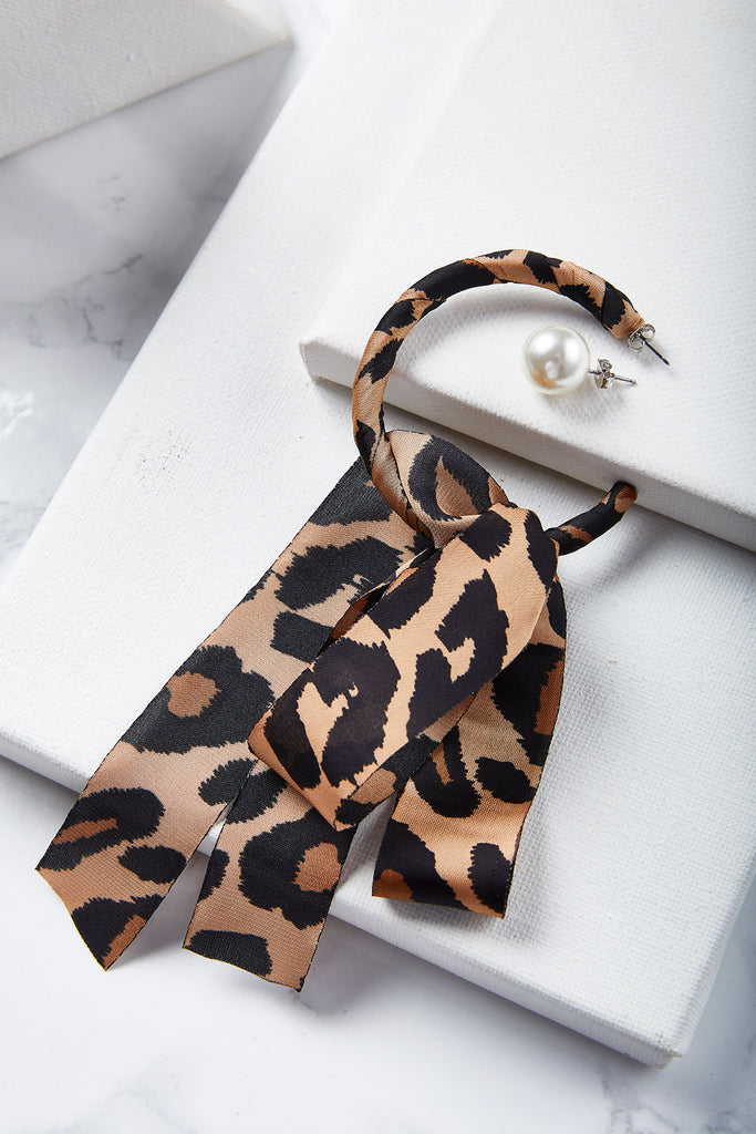 Leopard And Pearl Asymmetric Earrings