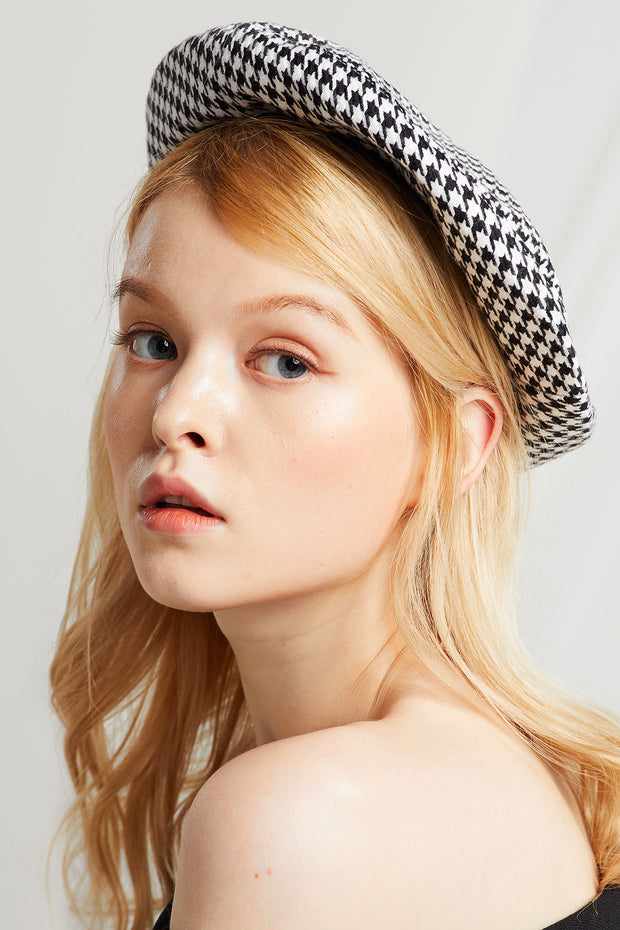 Monochrome Houndstooth Beret