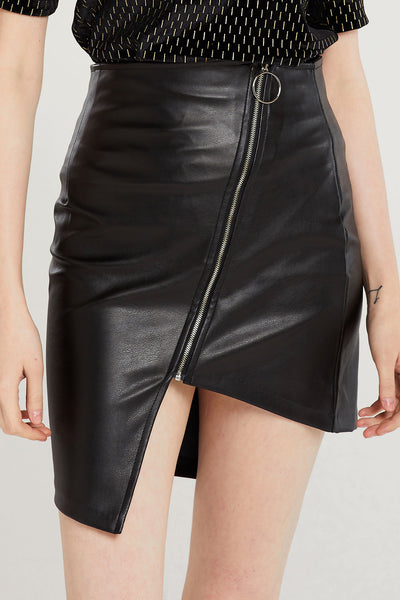 Alexa Diagonal Zipper Skirt