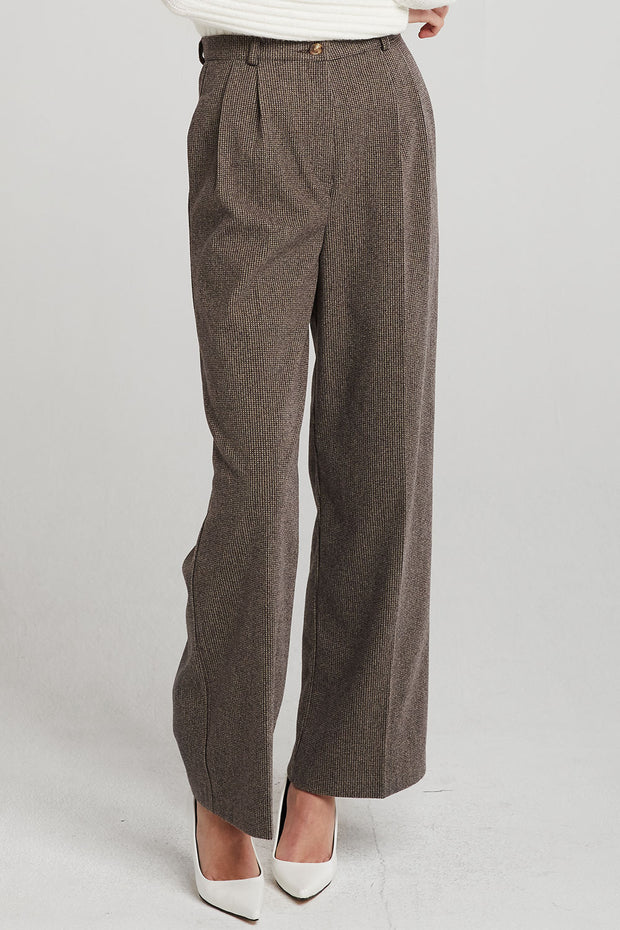Logan Pintuck Pants
