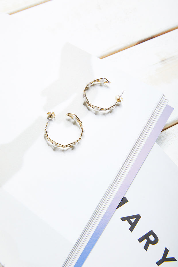 storets.com Pearl Embellished Hexagon Hoop Earrings