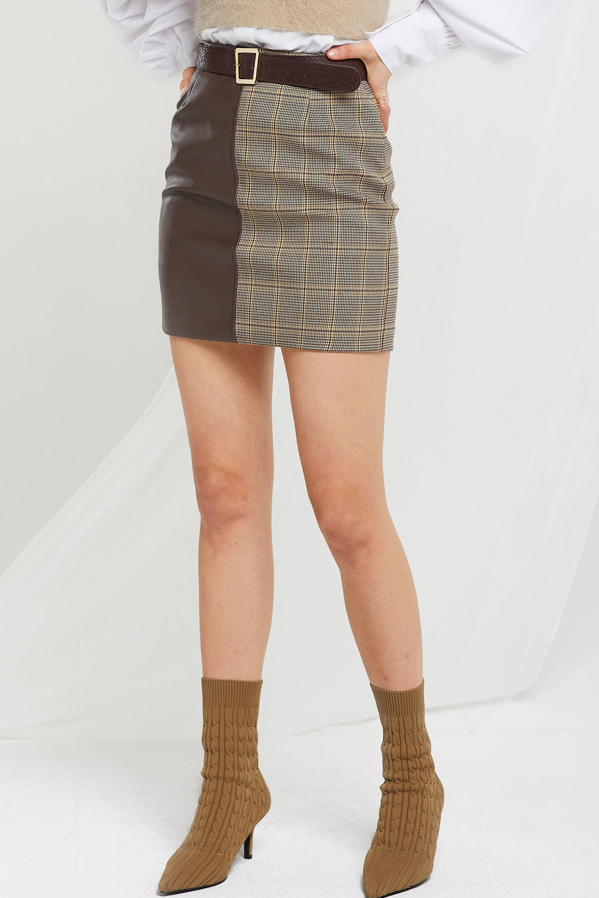 Cardi Plaid Pleather Skirt by Storets