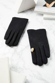 Evelyn Glove
