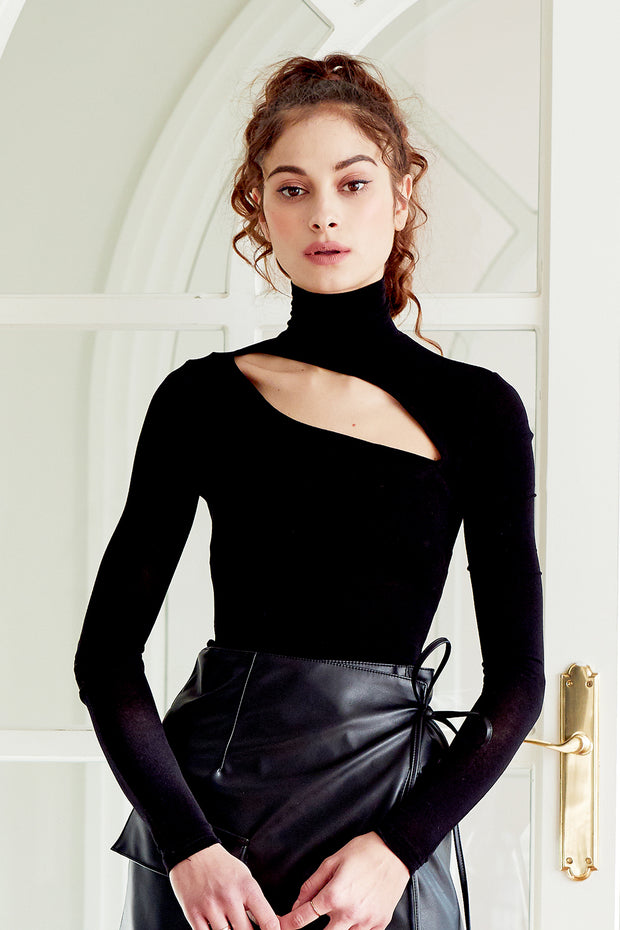 Heidi Cutout Turtleneck Top