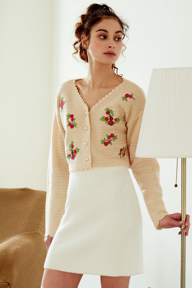 storets.com Estella Flower Embroidered Cropped Cardigan