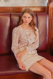 [LETTER FROM MOON] Square Neck Petite Flower Blouse in Ivory