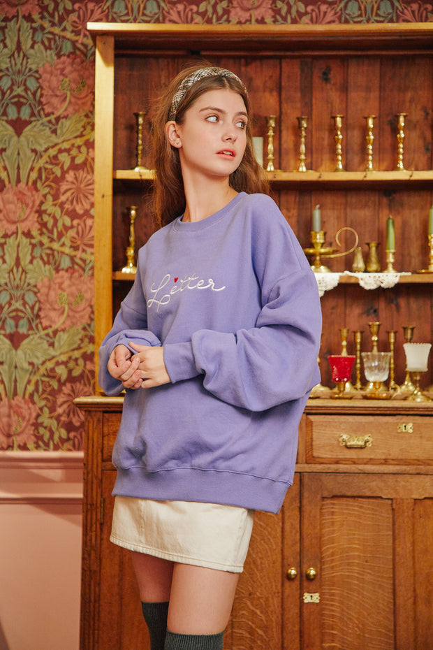 [LETTER FROM MOON] Letter Heart Embroidery Sweatshirts in Blue