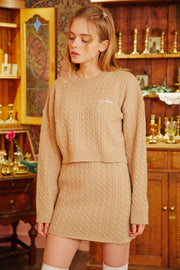 [LETTER FROM MOON] Romantic Wool Crop Sweater in Beige