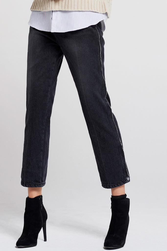 Yena Side Detail Cropped Pants