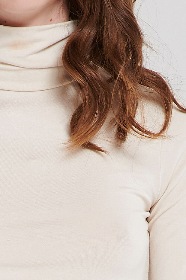 Basic Relaxed Turtleneck-2 Colors