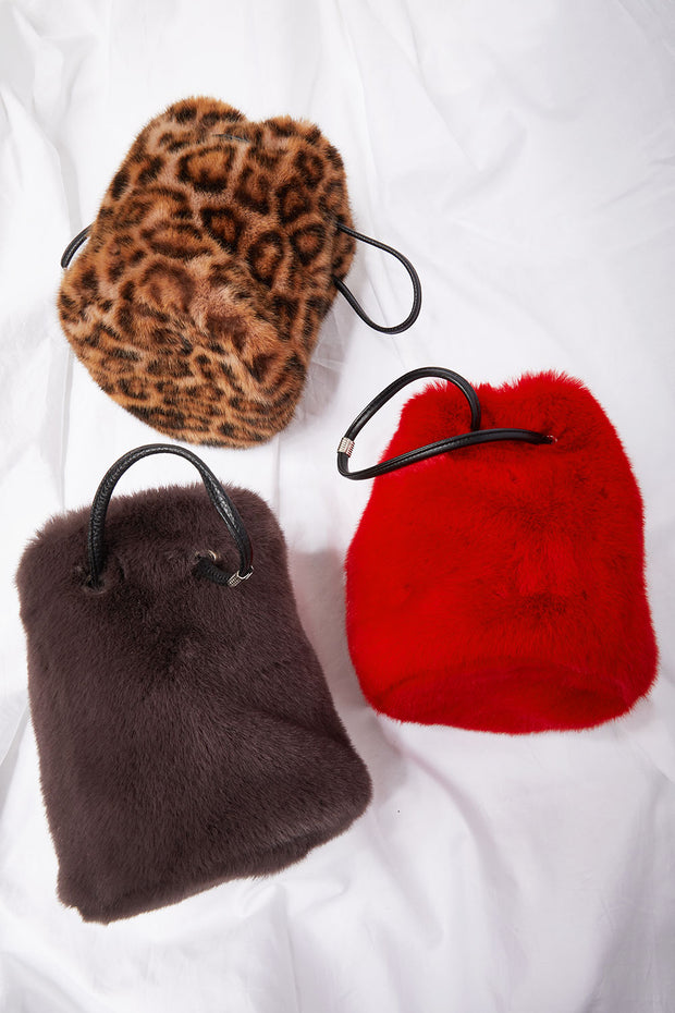 storets.com Faux Fur Bucket Bag