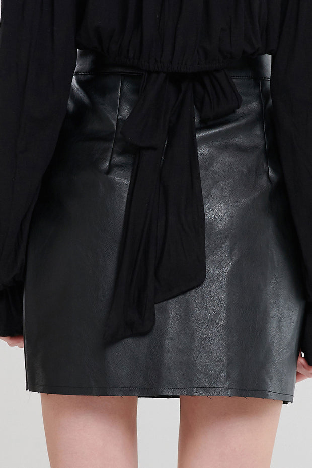 storets.com Ina Side Button Pleather Skirt