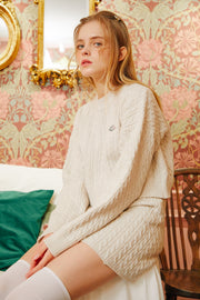 [LETTER FROM MOON] Romantic Wool Crop Sweaterin Ivory