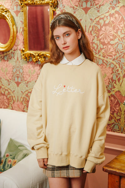 [LETTER FROM MOON] Letter Heart Embroidery Sweatshirts in Cream