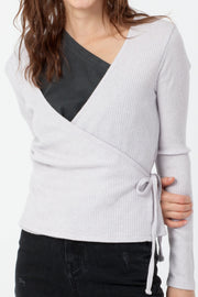 [DOUBLE ICON] EMERY WRAP FRONT TOP - MILKY LAVENDER