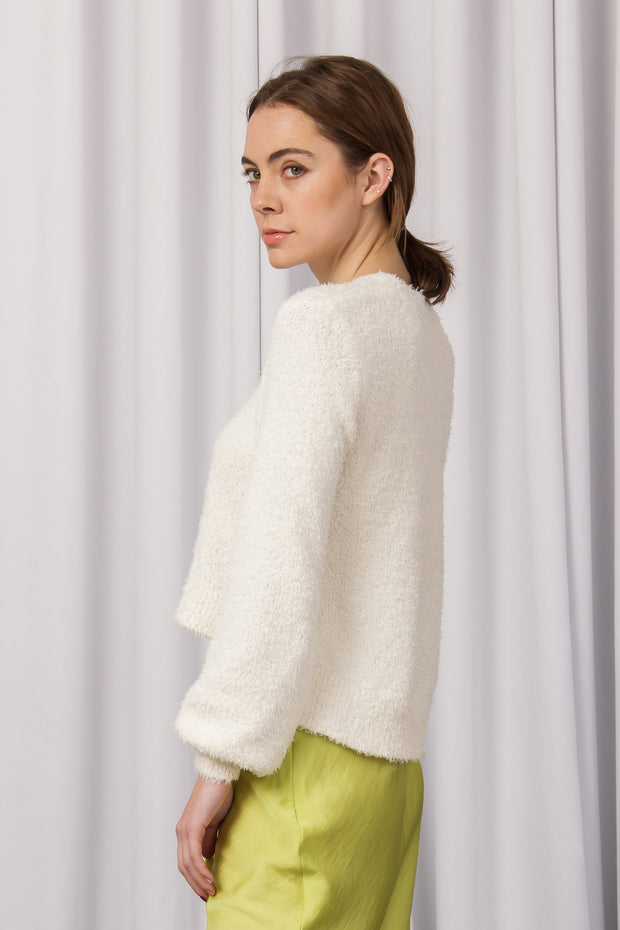[DOUBLE ICON] MIRACLES HAPPEN FUZZY SWEATER - CREAM