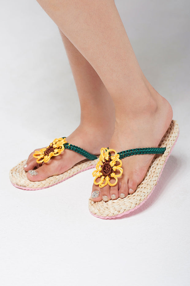 Flower Point Straw Flip Flops-Beige