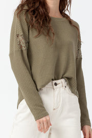 [DOUBLE ICON] FALL FOR YOU LONG SLEEVE TOP - OLIVE