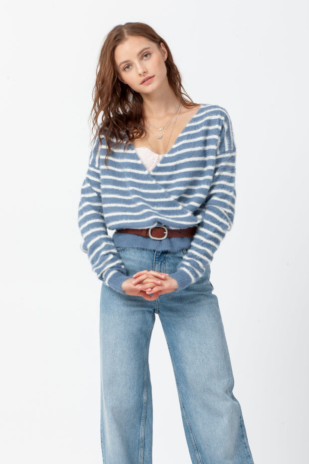 [DOUBLE ICON] EMMA FUZZY WRAP TOP - DUSTY BLUE