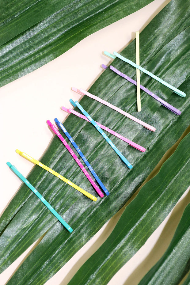 Multicolor Bobby Pin Set by STORETS