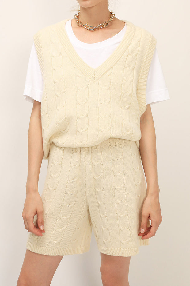 storets.com Harper Knitted Vest And Shorts Set