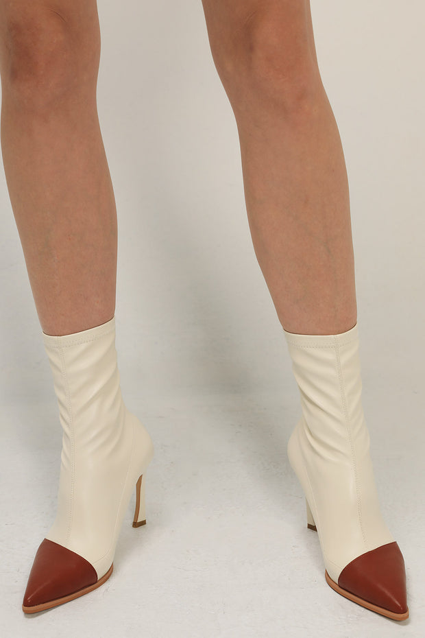 storets.com Point Toe Heeled Boots