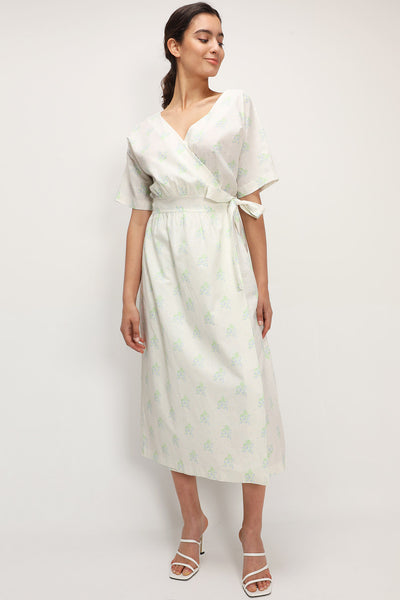 storets.com Della Floral Wrap Maxi Dress