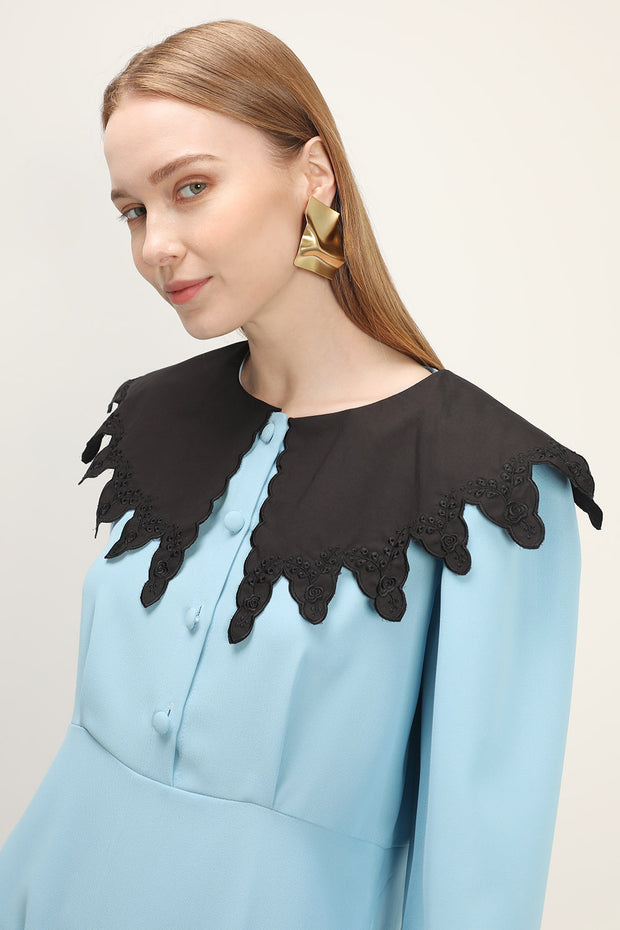 storets.com Lilly Contrast Cape Dress