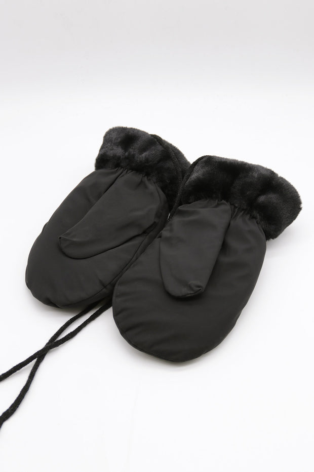 storets.com Padded Mittens w/Lanyard