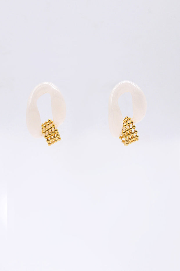 storets.com Chain Around Acrylic Earrings