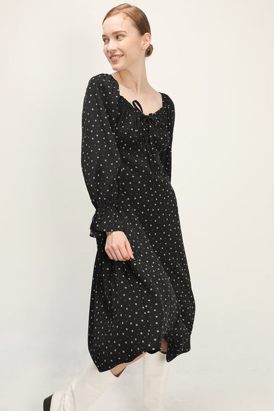 storets.com Blakely Floral Maxi Dress