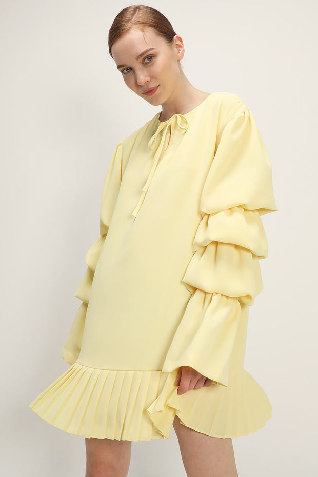 storets.com Elaina Tiered Sleeve Pleated Dress