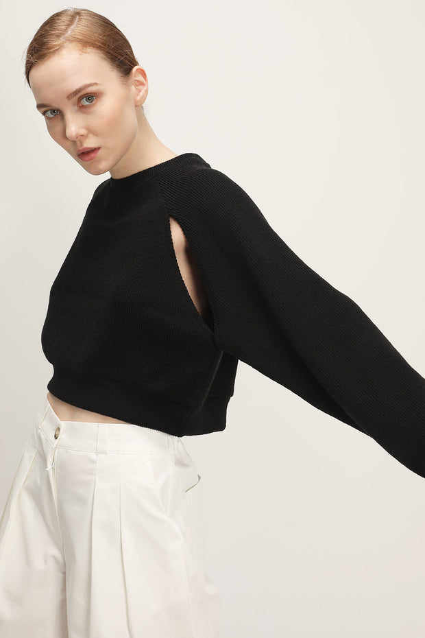 storets.com Rowan Slit Detail Cropped Sweater