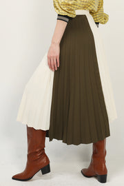 storets.com Trinity Pleated Color Block Skirt