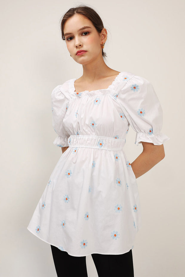 Elle Daisy Embroidery Puffed Dress