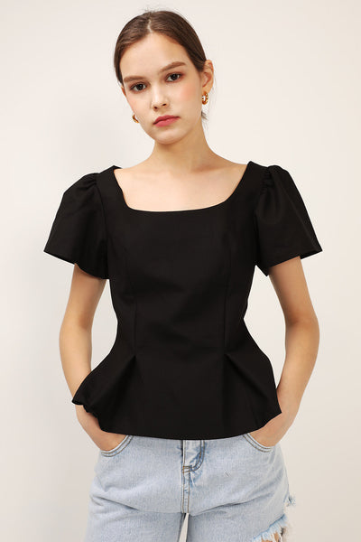 storets.com Mila Structured Blouse