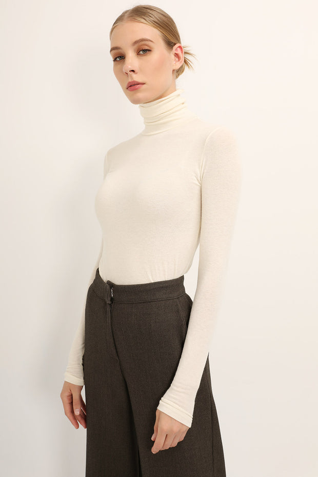 Irene Slim Fit Turtle Neck Top