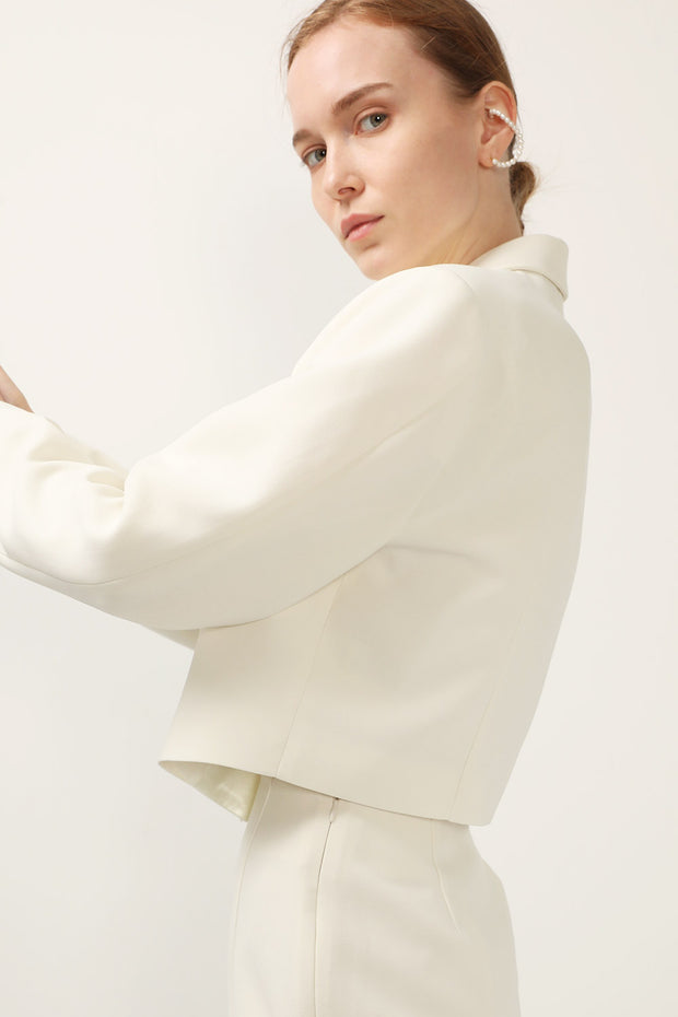 storets.com Gaia Satin Collar Jacket