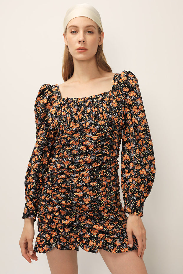 storets.com Lucy Floral Ruched Dress