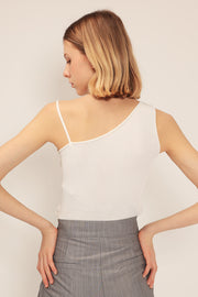 storets.com Noelle Asymmetric Shoulder Top