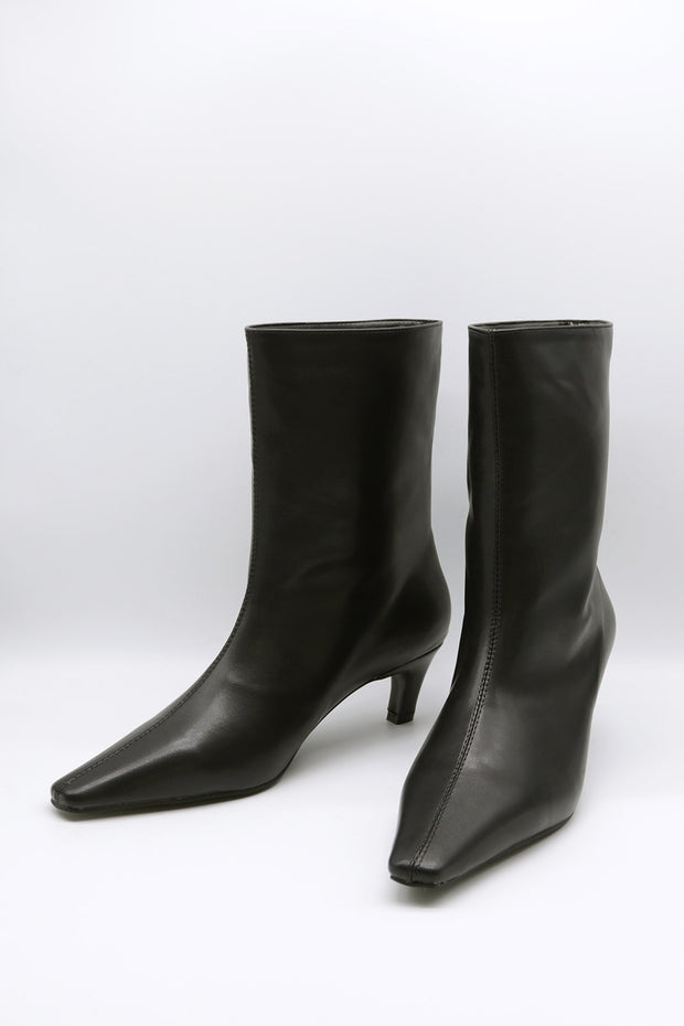 storets.com Pointed Toe Ankle Boots